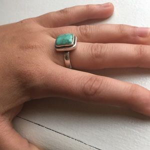 Vtg silver and turquoise ring